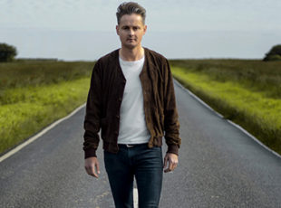 TOM CHAPLIN ANNOUNCES UK TOUR IN MAY 2017