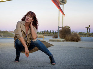 BETH HART ANNOUNCES UK DATES