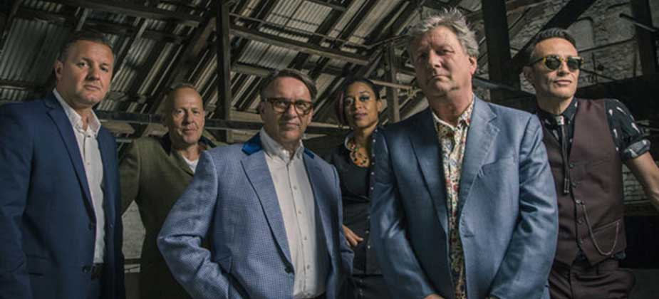 GIG REVIEW: Squeeze