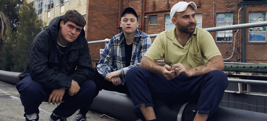 GIG REVIEW: DMA's