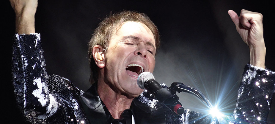 GIG REVIEW: Sir Cliff Richard