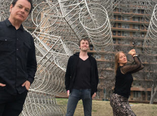 THE WEDDING PRESENT WILL TOUR THE UK TO COMMEMORATE THE 30th ANNIVERSARY OF BIZARRO