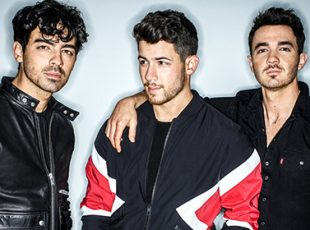 JONAS BROTHERS ANNOUNCE FIRST EUROPEAN HEADLINE TOUR IN NEARLY A DECADE