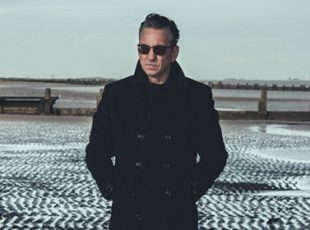 FOLLOWING THE ACCLAIM OF HIS FORTHCOMING NEW ALBUM, FURTHER, RICHARD HAWLEY ANNOUNCES HIS OCTOBER TOUR