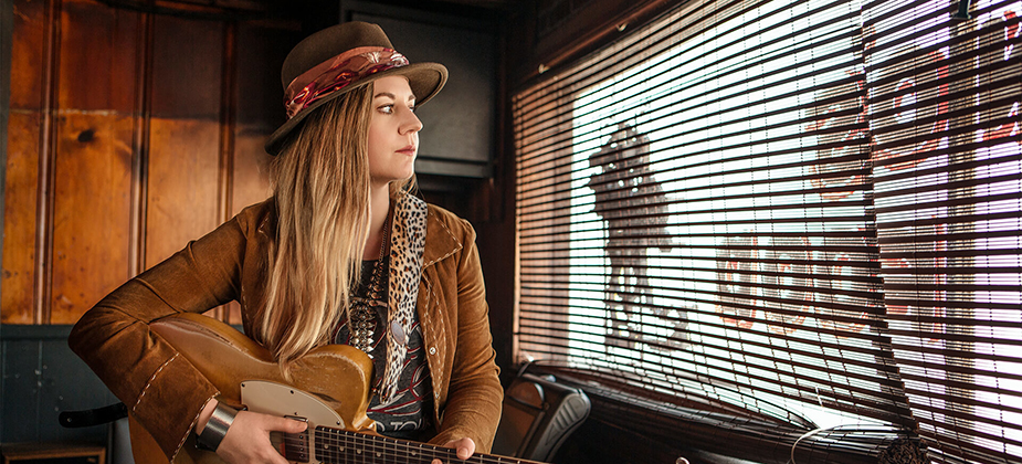 INTERVIEW: Joanne Shaw Taylor