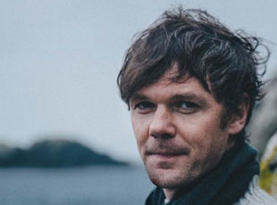 RODDY WOOMBLE ANNOUNCES NEW DATES FOR HIS EVERYDAY SUN UK TOUR